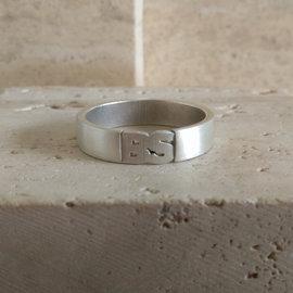 herenring met initialen - trouwring