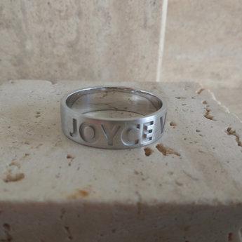 soulz ring - Dysi clear - Letters uitgespaard in de massa - vervaagt niet !